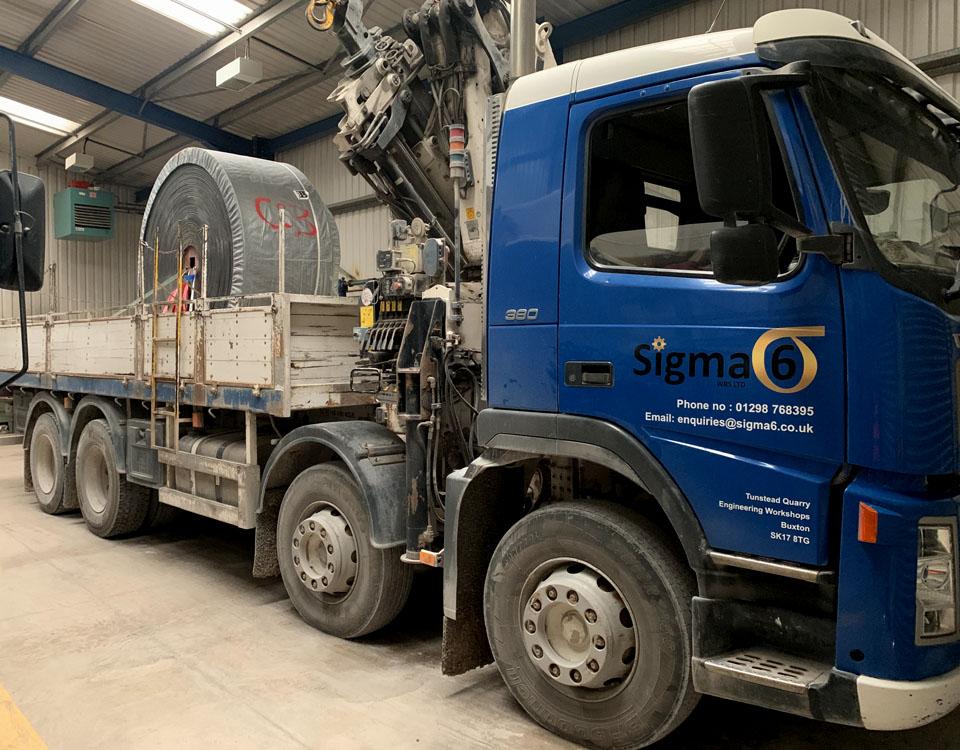 Mobile Crane & Transport / Volvo FM12 Flat Bed Wagon